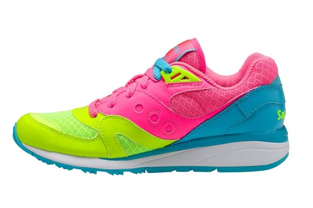 Saucony Master Control Girls Pink Blue Profile 1