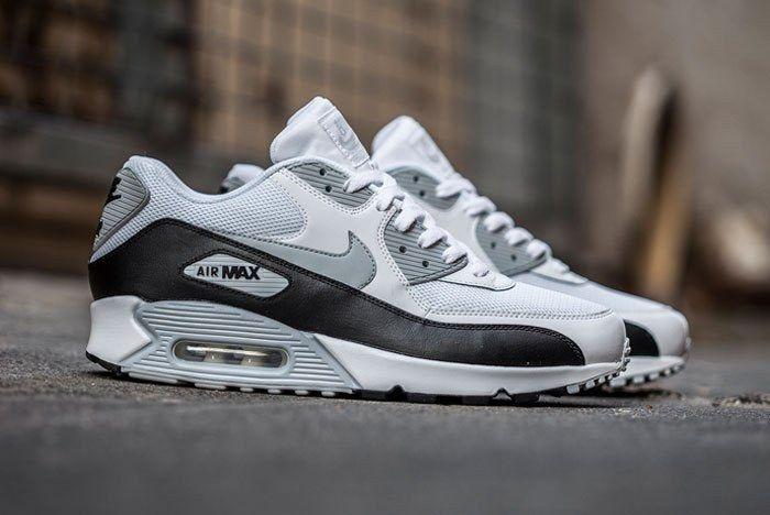 Nike Air Max 90 Feature