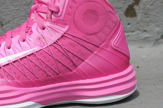 Think Pink 2012 Nike Lunar Hyperdunk Flywire 1