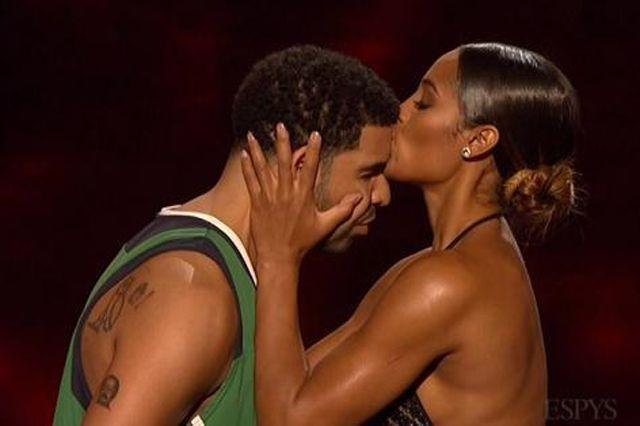 Drake Hosts Espys 1