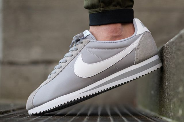 Nike Classic Cortez Nylon Wolf Grey 1