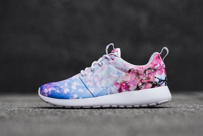 Nike 2016 Blossom Pack 9