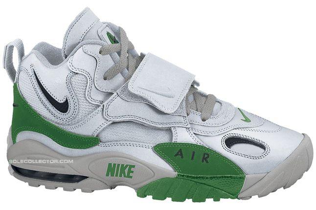 Nike Air Max Speed Turf Metallic Silver Black Pine Green Metallic Silver 01 1