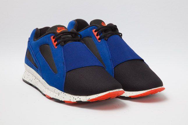 Nike Air Current Orange Blue Quarter Ront 1