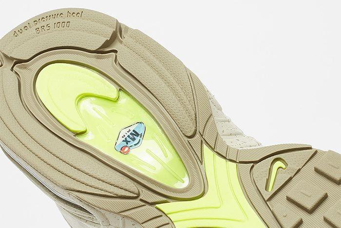 Nike Air Max Tailwind Iv Bv1357 200 Close Up Sole Shot