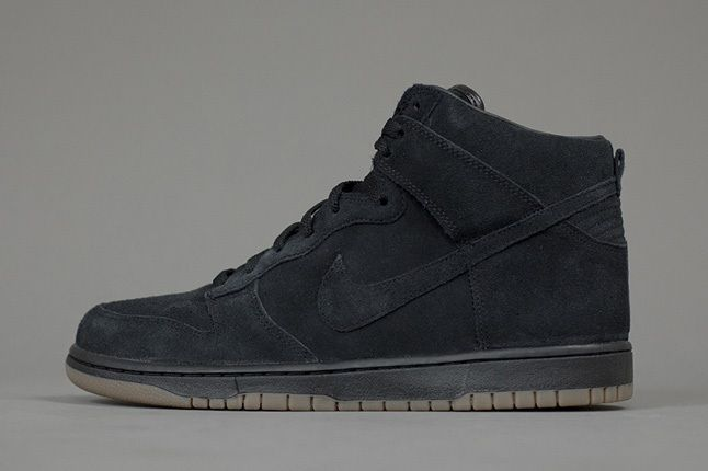 A P C X Nike Spring 2013 Collection Dunk Black 1