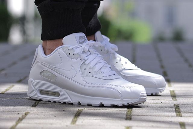 Nike Air Max 90 All White Leather