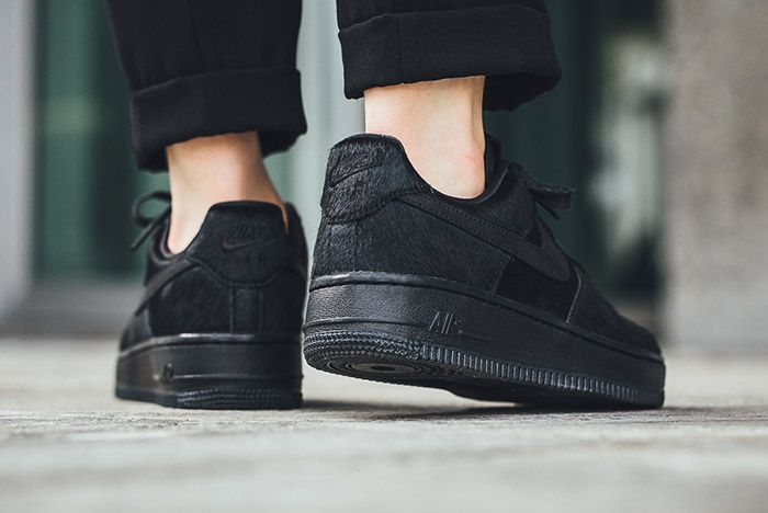 Nike Air Force 1 07 Black Wmns Pony Hair 2