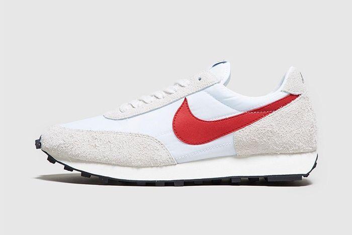 Nike Daybreak White University Red