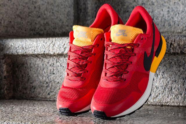 Nike Air Pegasus 83 30 Maccas