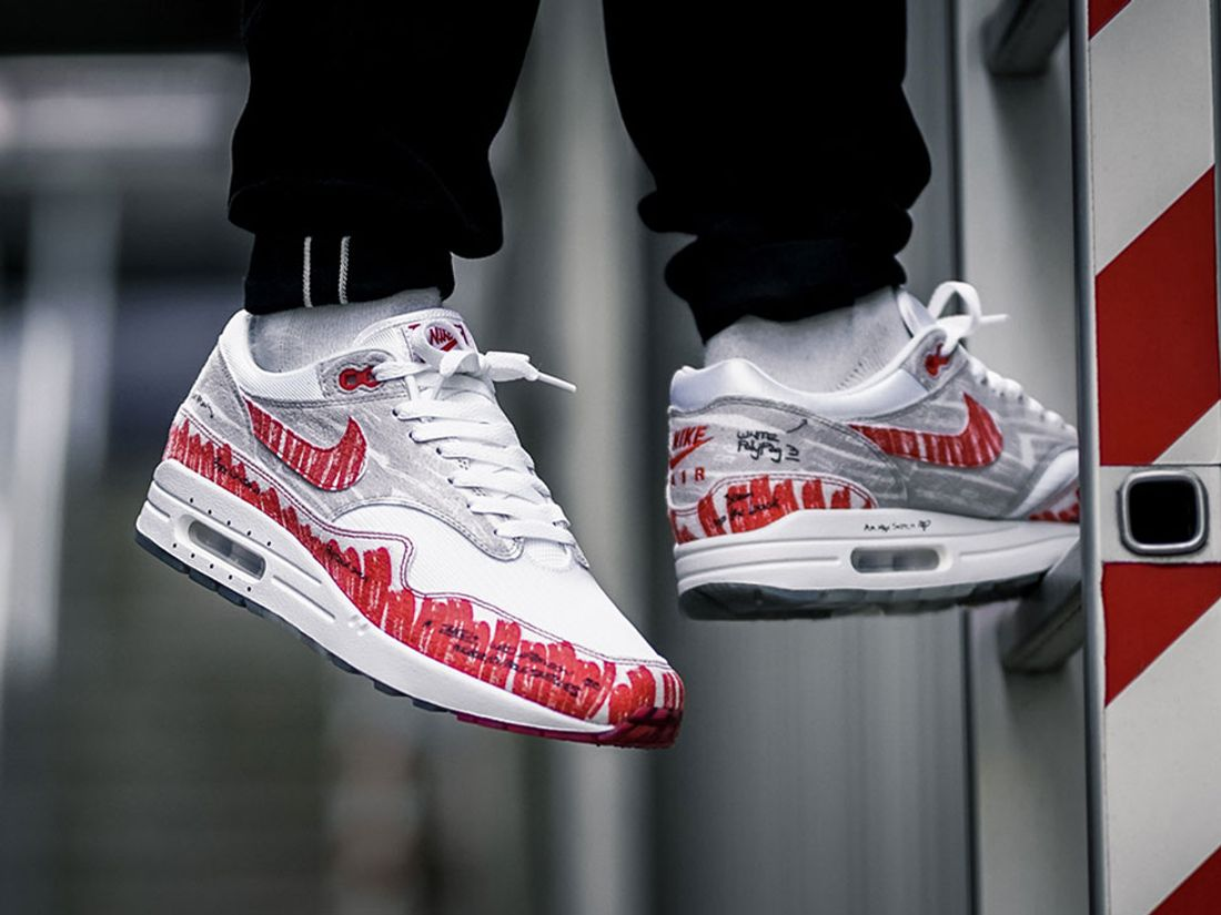 Here S How People Are Styling The Nike Air Max 1 Sketch To Shelf