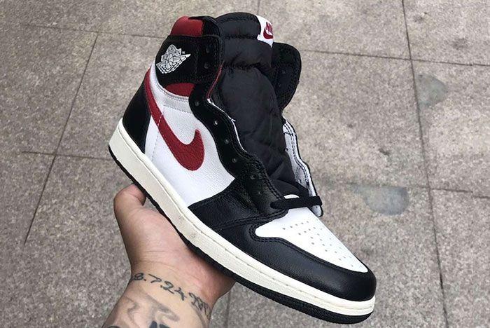 Air Jordan 1 Gym Red In Hand Shots2