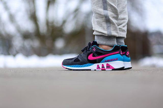 Nike Air Stab Black Teal Pink