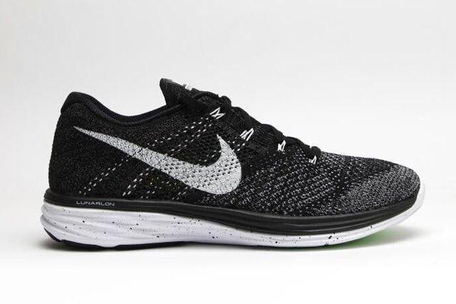 Nike Flyknit Lunar Oreo 4
