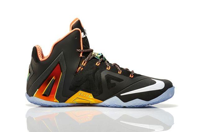 Nike Basketball Elite Series Gold Collection 5