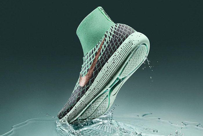 Nike Lunarepic Flyknit Shield Thumb