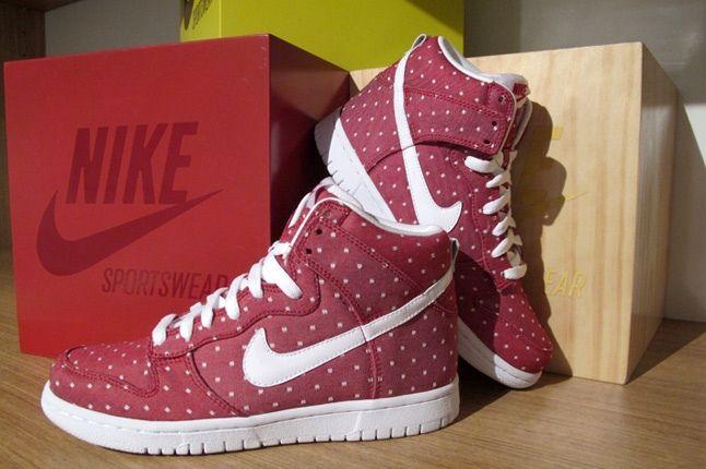 Nike Valentine Dunk 3 1