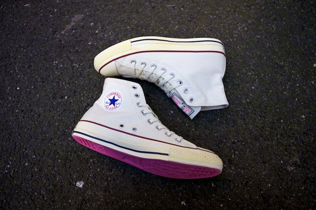 Converse Andre Saraiva Monsieur A Pink Chuck Taylor Pair Side 1