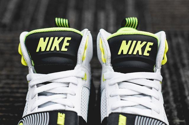 Nike Air Max Bo Jax Volt Snake 3