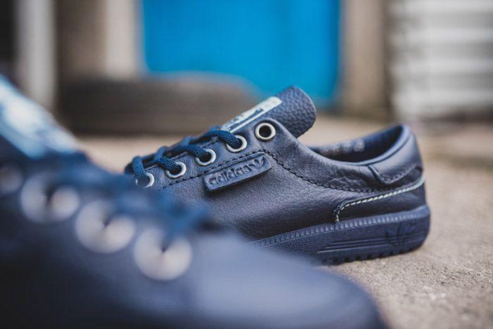 Noel Gallagher Adidas Garwen Blue 6