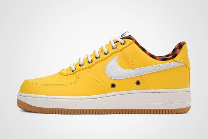 Nike Air Force 1 07 Lv8 Varsity Maize Yellow Thumb