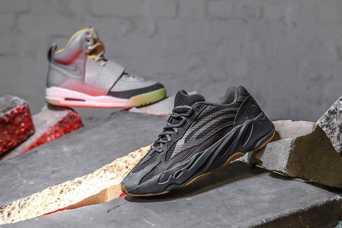 Adidas Nike Yeezy