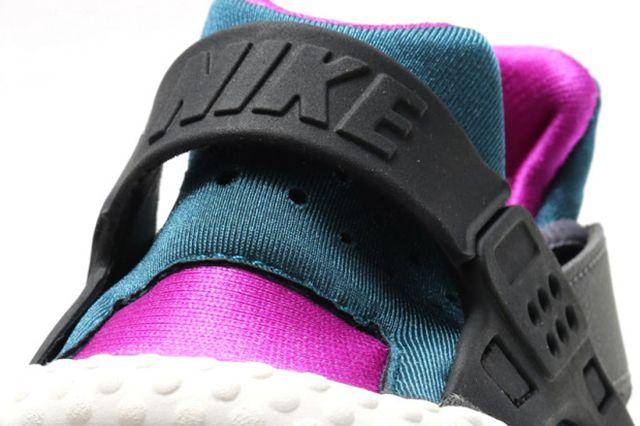 Nike Air Huarache Wmns Dark Greyteal3