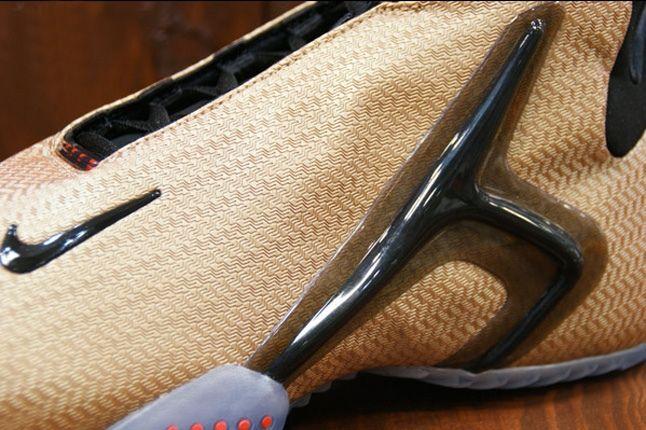 Nike Zoom Hyperflight Lion Midfoot Detail 1