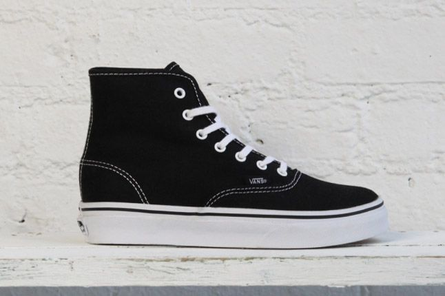 Vans Dqm Womes Winter Collection Authentic Hi Black 1