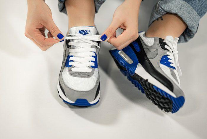 Nike Air Max 90 Hyper Royal Cd0881 102 On Foot Knot