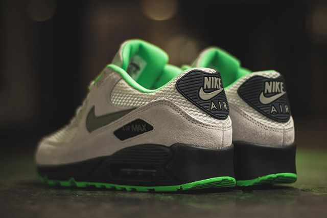 Nike Air Max 90 Poison Green 2