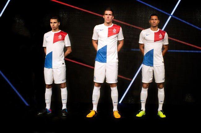 Nike Football Holland Away Jersey On Players 1