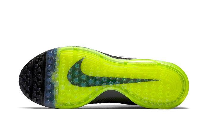 Nike Zoom All Out Flyknit Blackvolt 4