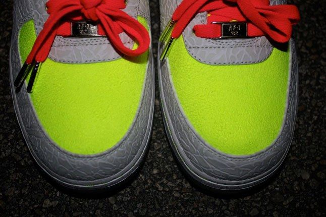 Air Force 1 Sneakerbox Clyde High Vis 7 1
