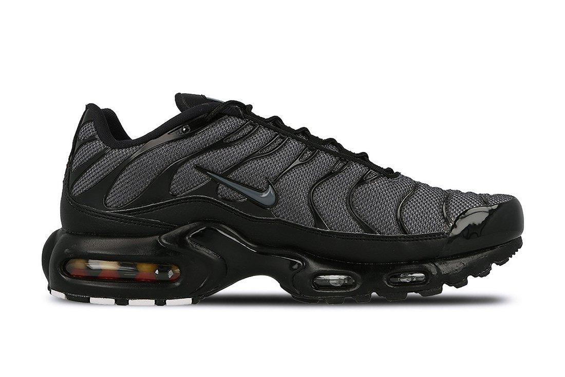 Nike Air Max Plus Womens Black Dark Grey6