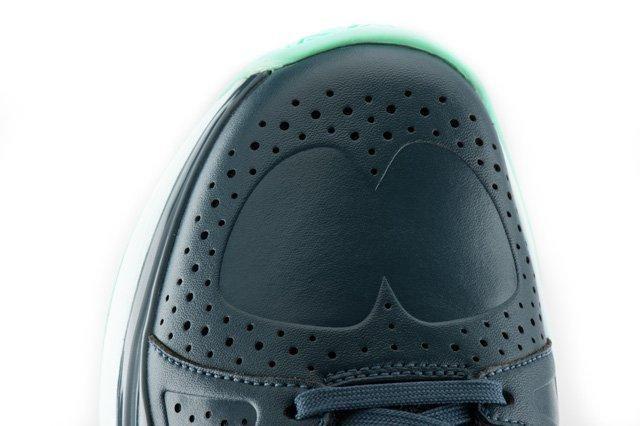 Nike Vapor 9 Savile Row Toebox