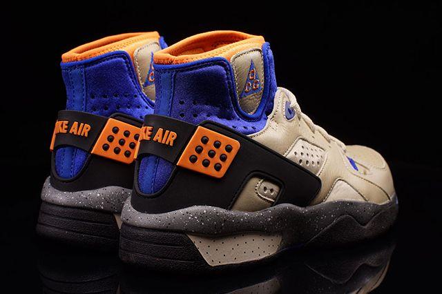 Nike Mowabb Retro 4