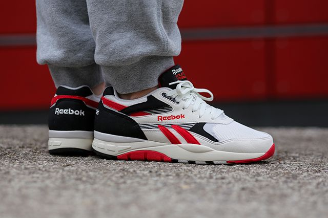 Reebok Ventilator Supreme On Foot 5