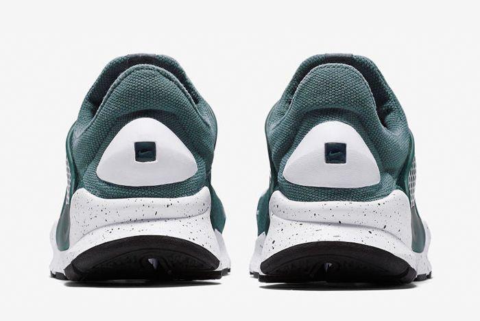 Nike Sock Dart 2