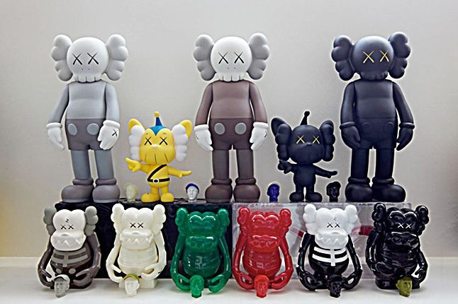 Ronnie Pirovino Kaws Collection 12 1