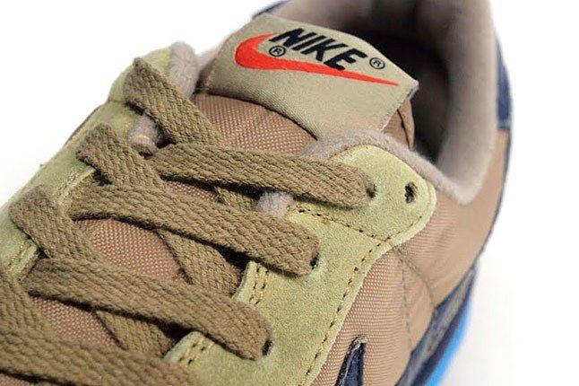 Nike Vintage Swoosh 1