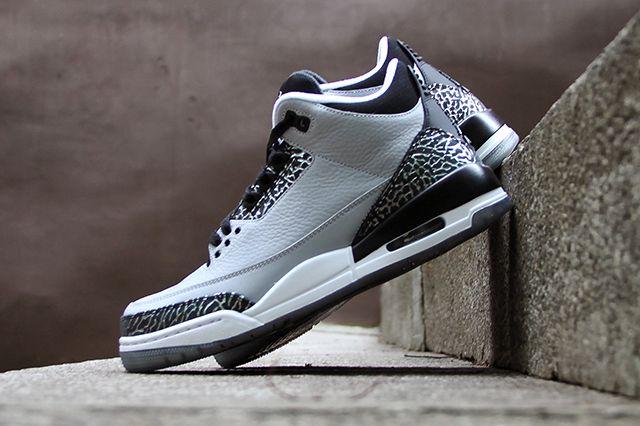 Air Jordan 3 Wolf Grey 2
