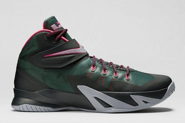 Nike Zoom Soldier 8 Black Pink 1