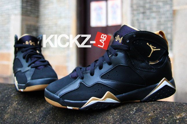 Air Jordan 7 Gold Medal New Pics 02 1