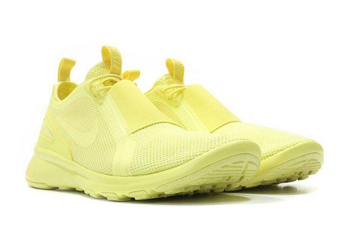 Nike Air Current Slip On Trooper Lemon Chiffon Yellow 5