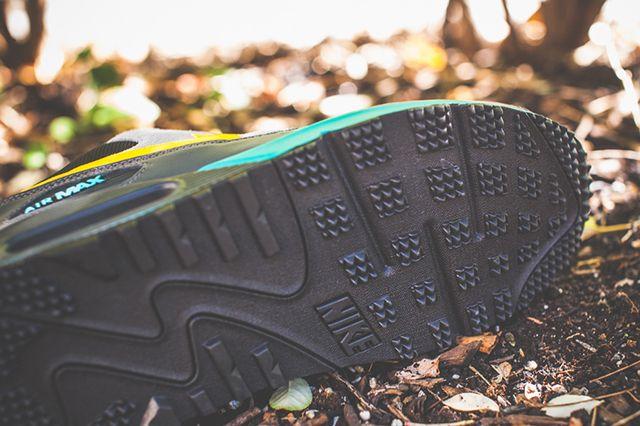 Nike Air Max 90 Winter Premium Laser Orange 2