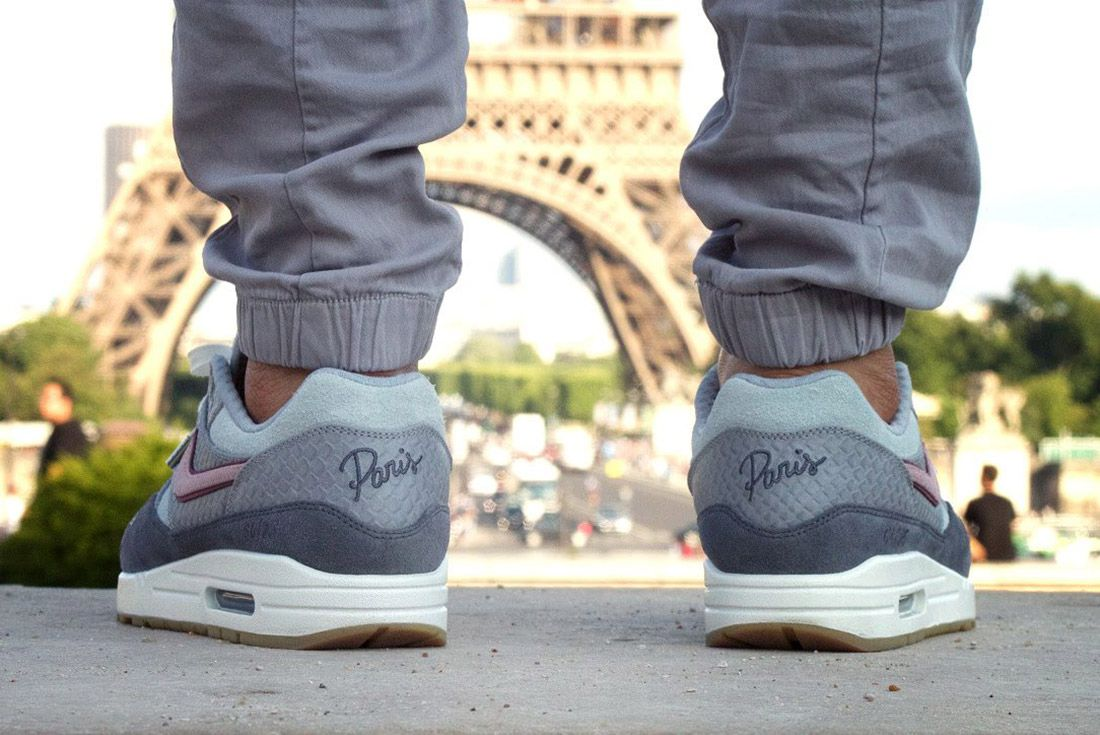 Air Max 1 Bespoke Paris 3