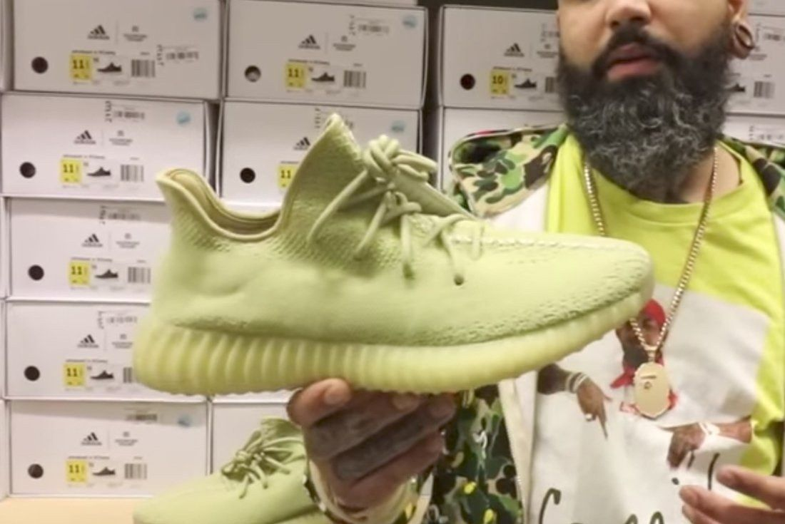 First Look Moss Yeezy Boost 350 V2S Valued At 17000 2