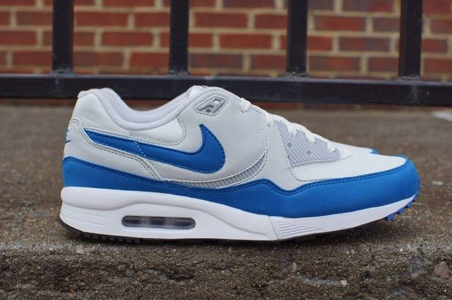 Air Max Light Wht Blue Sideview