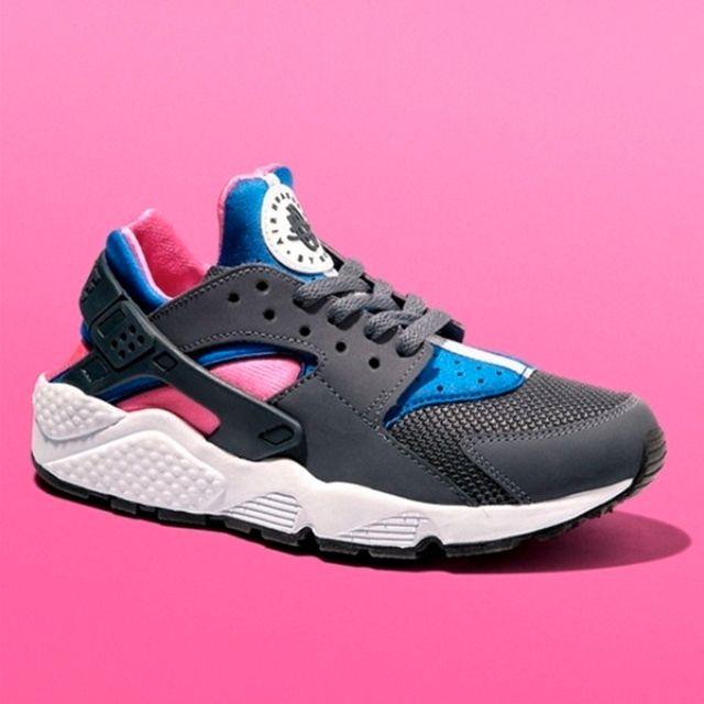 Nike Air Huarache Cobalt Magenta 5